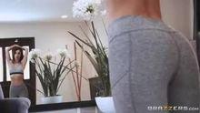 Eva Lovia - Bed Head and Breakfast