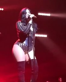 Demi Lovato Hot Hip Movement