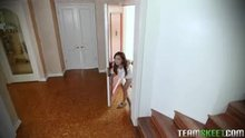 Elle Voneva - Tiny Thief Gets Trapped