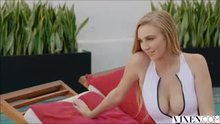 Kendra Sunderland - Sexting Right In Front Of Them