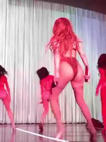 Jennifer Lopez booty shake